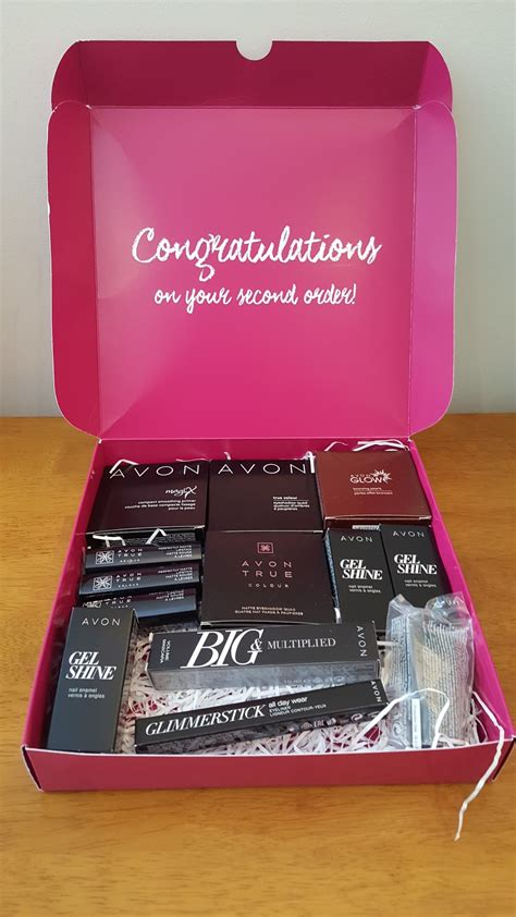 Make Up Kit Viva work it your way with 163 350 worth of free products when you