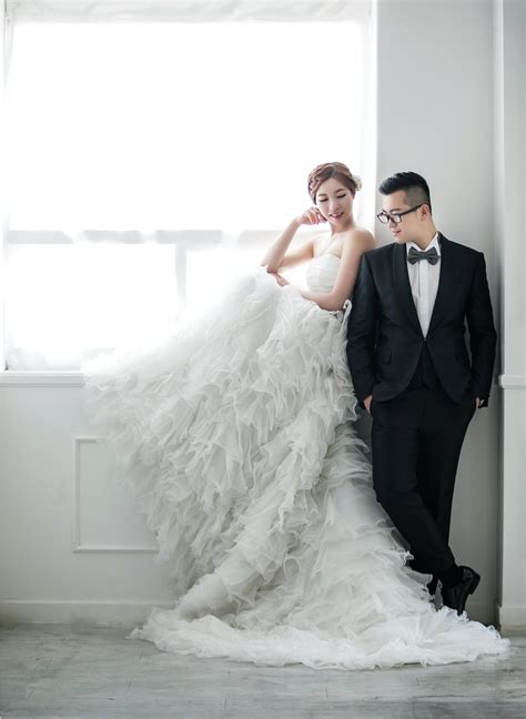 Wedding Photoshoot Images by Classic And Timeless Korean Studio Pre Wedding Photoshoot