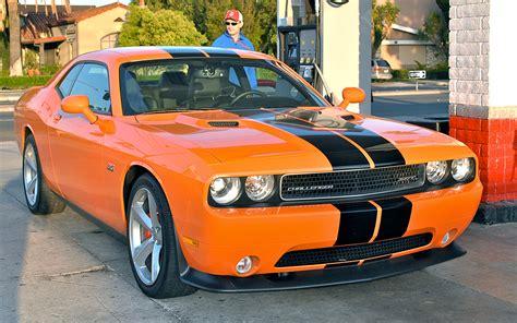 2012 challenger horsepower 2012 dodge challenger srt8 392 ignition motor trend