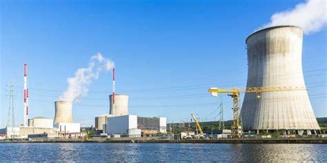 centrale francese francia deciso lo stop alla centrale nucleare di fessenheim