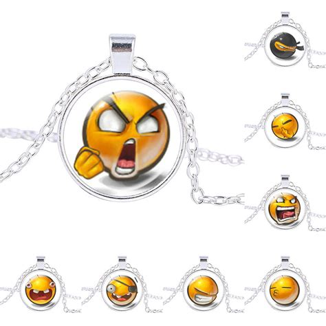 Chic Of The Week Emoticon Jewellery by 78 Style Yellow Emoticons Necklace Happy