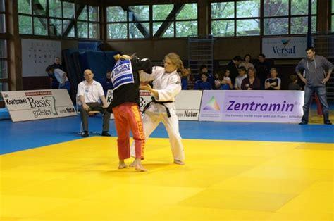 saisonstart in der frauen bundesliga saisonauftakt in der bundesliga frauen judo gr 246 benzell 600 | Buli Alex S