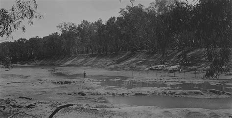 Bed Bigland Since 1877 drought and river murray operations murray basin