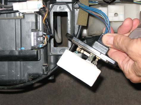 2005 tacoma blower motor resistor location where is my blower motor resistor yotatech forums