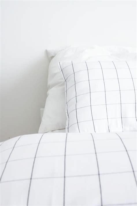 grid bed sheets 504 best images about bedroom on pinterest arne jacobsen