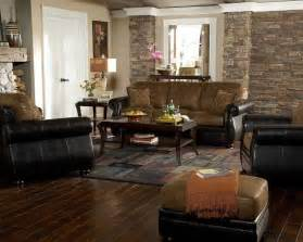 Western Living Room Wall Decor Log Home With Barn Wood And Western Decor Traditional