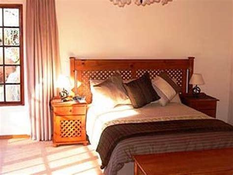 random bedroom suite bedroom