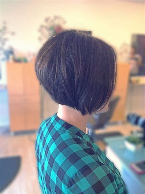 bob haircuts with volume 25 best ideas about stacked bob haircuts on pinterest