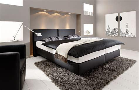 schlafzimmer mit boxspringbett einrichten modernes wohnen farben
