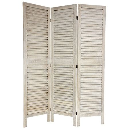 Shutter Room Divider I Ve Used Shutters For Privacy Screens On One End Of My Screened Back Porch I Just