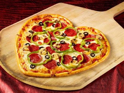 valentines pizza shaped s day pizza 15 creative dinner