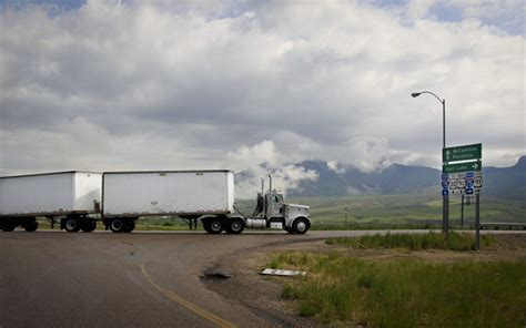 semi trailer truck 10 things you don t know about semi trailer trucks
