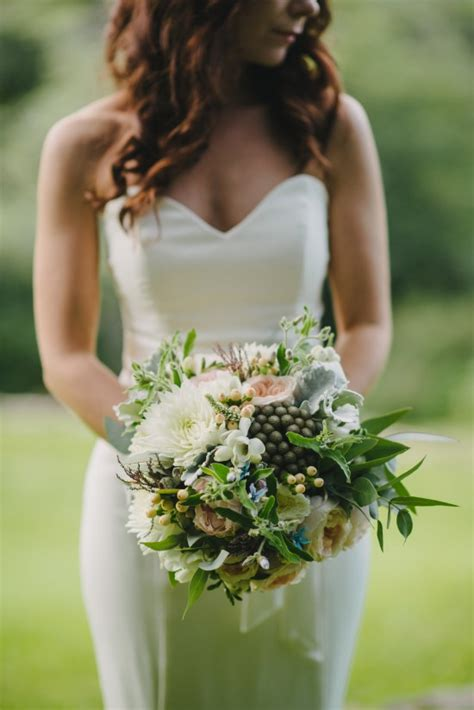 Wedding Bouquet Sizes by Tips For Choosing Your Wedding Bouquet