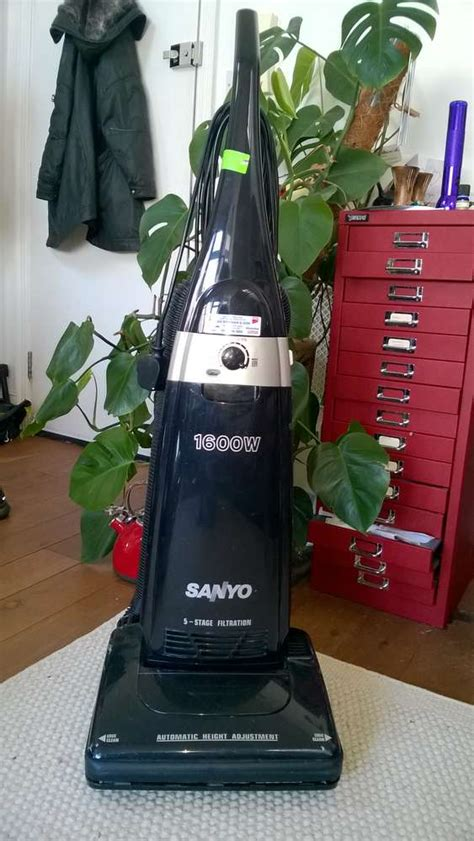 Vacuum Cleaner Sanyo freelywheely sanyo vacuum cleaner available