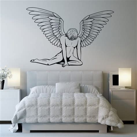 drawing on your bedroom wall reving your bedroom on a budget