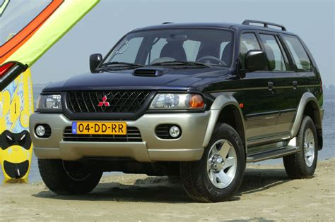 mitsubishi pajero sport 2 5 td glx manual 2002 2004 115 hp 5 doors technical specifications