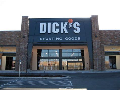 s sporting goods store in wauwatosa wi 1073