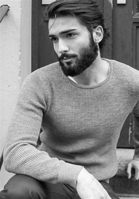 coupe de cheveux homme barbe flow hairstyle for 40 masculine hockey haircuts