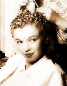 how to do pin curls on black s hair pin curls for dummies 171 skirting the issue