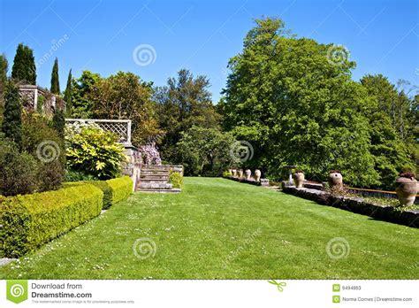 imagenes jardin ingles jard 237 n ingl 233 s fotos de archivo imagen 9494863