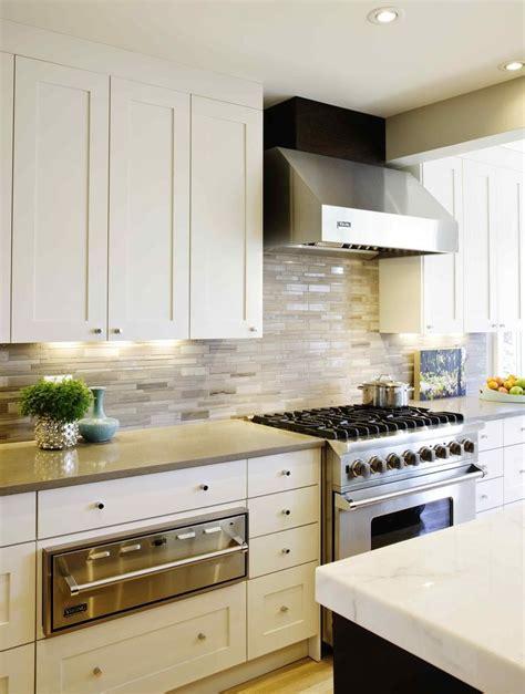 modern kitchen countertops and backsplash 8 best range hoods images on pinterest range hoods