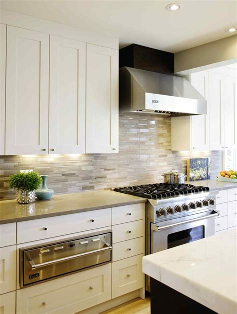 modern kitchen countertops and backsplash 8 best range hoods images on range hoods