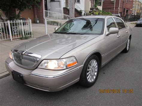manual cars for sale 2003 lincoln town car lane departure warning service manual 2003 lincoln town car signature 2003 lincoln town car pictures cargurus