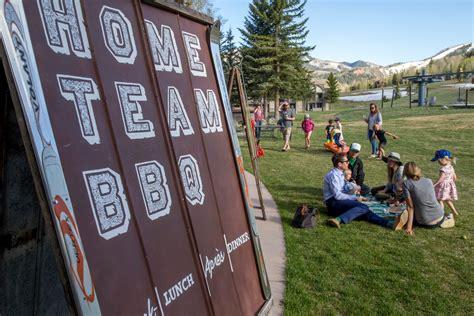 barbecue restaurant home team bbq