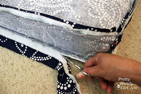 how to make a bench cushion with piping piped bench cushion tutorial the csi project page 8