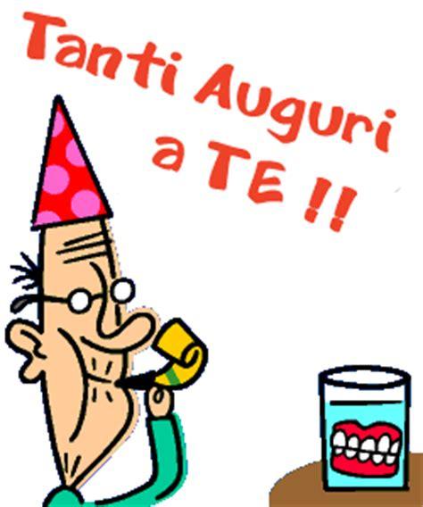clipart compleanno animate gif animata molto allegra vecchietto e dentiera
