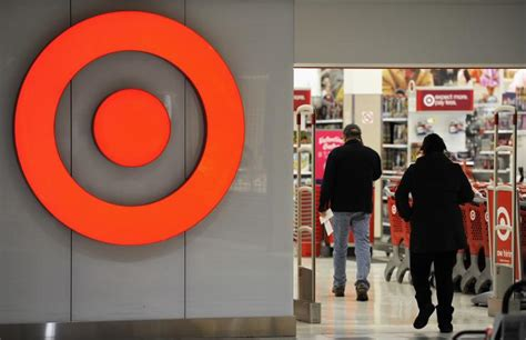 target hack target hackers had access to all of chain s us cash