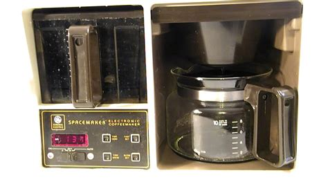 Coffee Maker Black Decker Penyeduh Kopi 1 Cup 330 Watt Dcm25 B1 vintage ge black decker 10 cup spacemaker coffee maker with auto brew