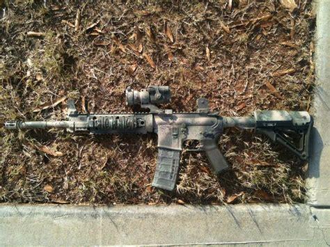 spray painting your rifle ar 15 custom camo paint weapon camoflauge