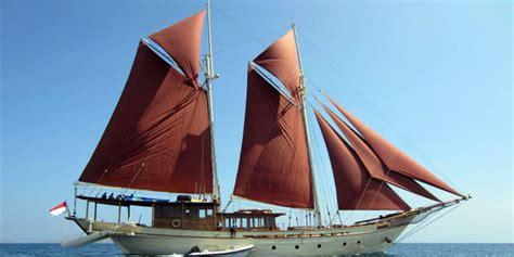 kapal pinisi kapal penjelajah dunia go celebes