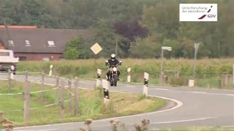 Gute Motorrad Filme by Unf 228 Lle Mit Traktoren Tipps F 252 R Motorradfahrer Sehr