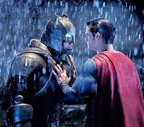 marvel film kahramanlari batman v superman adaletin şafaği film eleştirisi ve