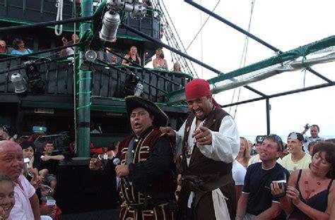 barco pirata zona hotelera cancun piratas en la historia de canc 250 n 1975 2008 aclarando