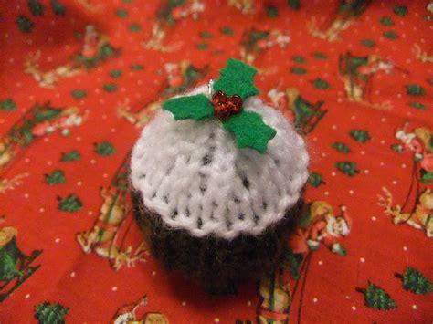 knitting pattern christmas pudding apple tree crafts free knitting pattern tiny christmas