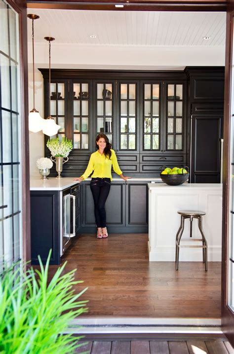 20 black kitchens that will change your mind about using dark colors