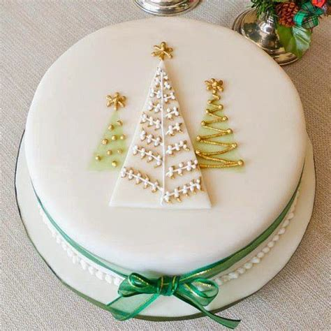 easy christmas cake decorating ideas cake decorating mums make lists