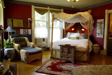 modern colonial interior decorating ideas inspired  beautiful colonial homes