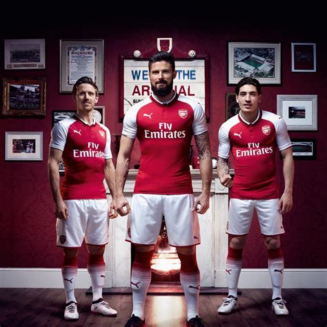 Jersey Bola Team Arsenal Home New 17 18 Grade Ori arsenal 17 18 home jersey unveiled soccer365