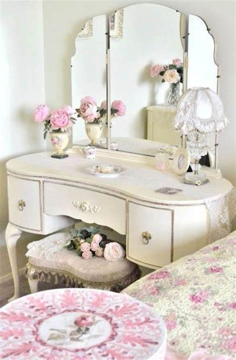 girls vanities for bedroom furniture some tips on buying the right vanities for girls