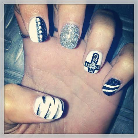Ongle Deco Noir deco ongle gel noir et blanc fashion designs