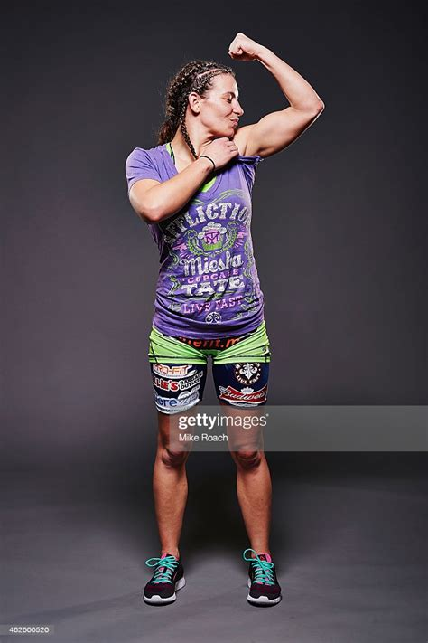 miesha tate poses   post fight portrait   ufc