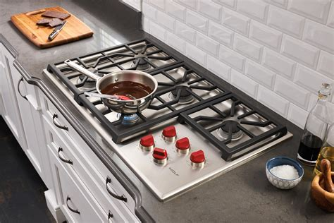 cooktops gas reviews wolf gas cooktop review rating cg365p s