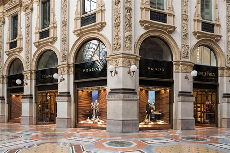 prada design house martino ger alters perspectives with corners window design concept for prada