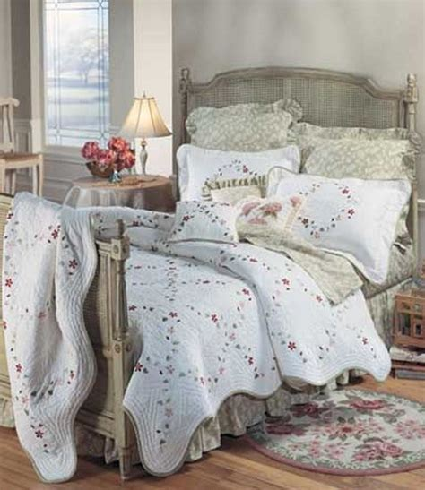discount coverlets felicity quilt and bedding