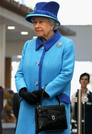 queen elizabeth purse 103 best images about a purse queen on pinterest duke