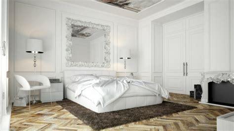 miroir dans une chambre le miroir baroque est un joli accent d 233 co